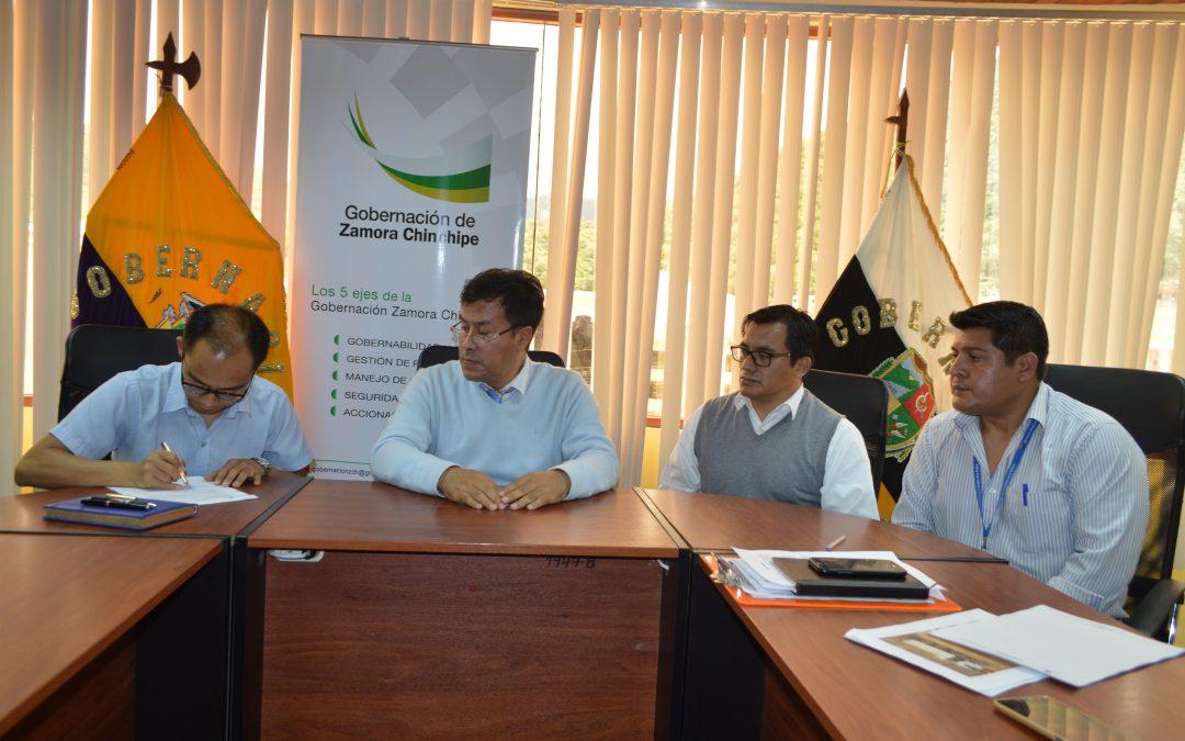 Gobernación intercede en diálogo entre ECSA y transportistas pesado.